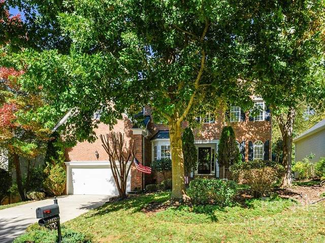14432 Maclauren Lane, Huntersville, NC 28078 (#3799419) :: MartinGroup Properties