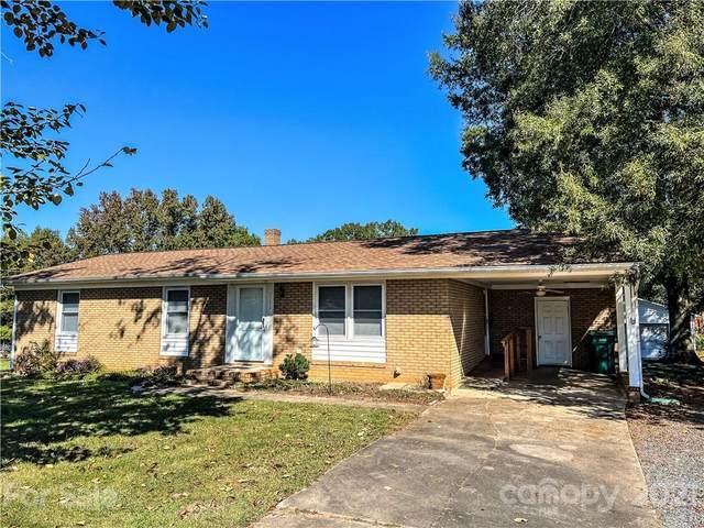 2227 Woodhurst Lane, Albemarle, NC 28001 (#3799462) :: Homes with Keeley | RE/MAX Executive