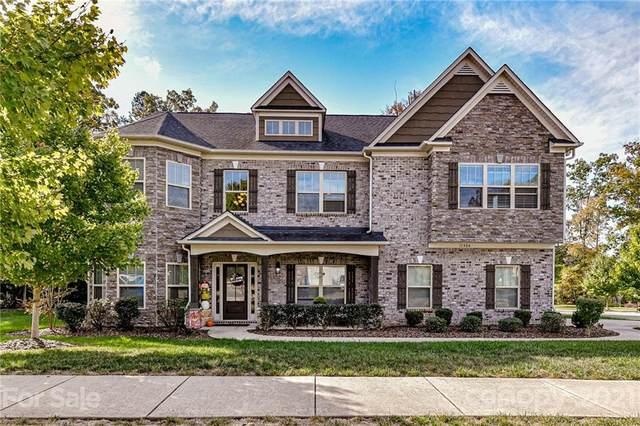 11904 Red Sorrell Lane, Huntersville, NC 28078 (#3799523) :: MartinGroup Properties
