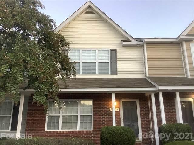 12362 Honey Hill Lane, Charlotte, NC 28273 (#3799534) :: Keller Williams South Park