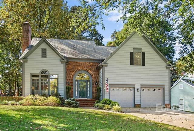 8816 Thornbury Lane, Huntersville, NC 28078 (#3799558) :: MartinGroup Properties