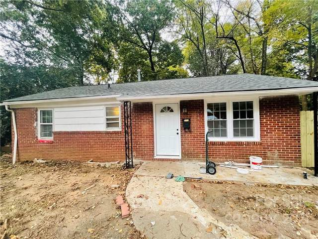 3910 Barlowe Road, Charlotte, NC 28208 (#3800649) :: High Performance Real Estate Advisors
