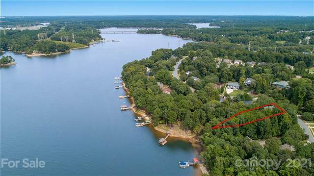 1403 Mt Isle Harbor Drive, Charlotte, NC 28214 (#3658639) :: LKN Elite Realty Group | eXp Realty