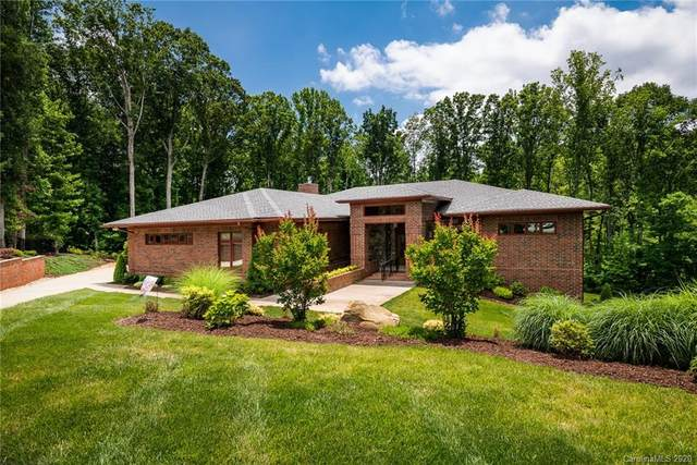 173 Burnell Place, Davidson, NC 28036 (#3593453) :: LePage Johnson Realty Group, LLC