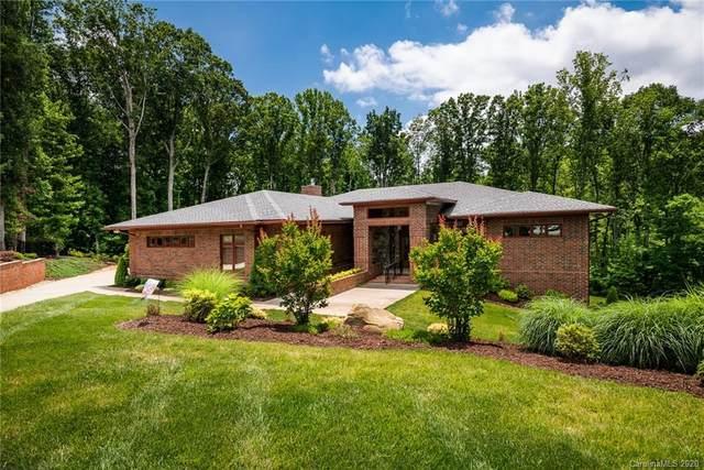 173 Burnell Place, Davidson, NC 28036 (#3593453) :: MartinGroup Properties