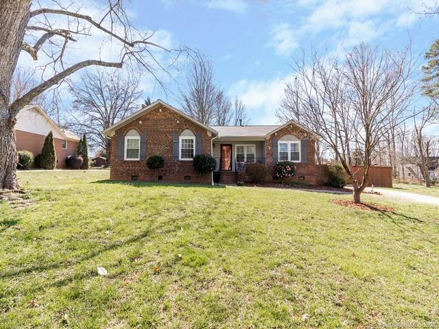 1032 Lightwood Drive, Matthews, NC 28105 (#3596571) :: Rinehart Realty