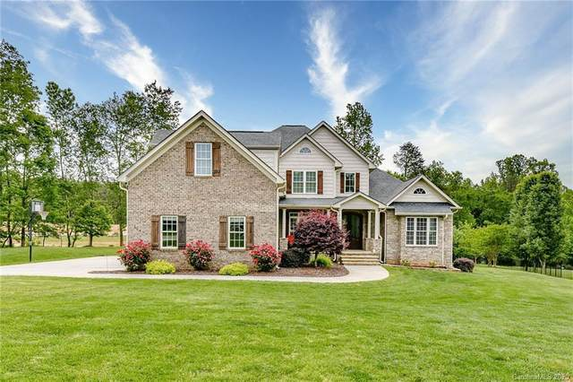 139 Cedar Woods Drive, Mooresville, NC 28117 (#3597730) :: Austin Barnett Realty, LLC