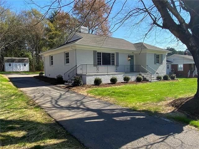 597 12th Avenue NE, Hickory, NC 28601 (#3600100) :: Carlyle Properties