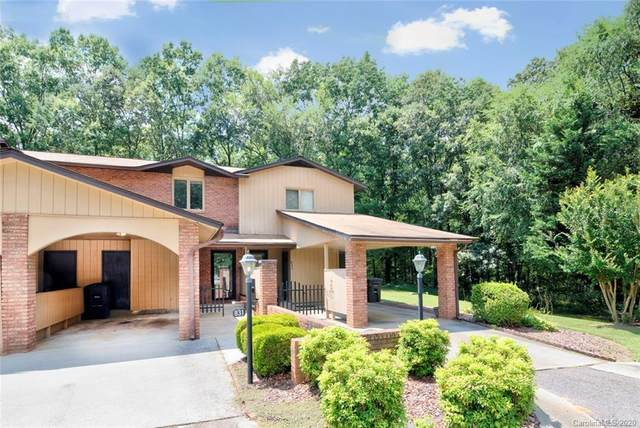 831 Coventry Lane, Statesville, NC 28677 (#3601344) :: DK Professionals Realty Lake Lure Inc.