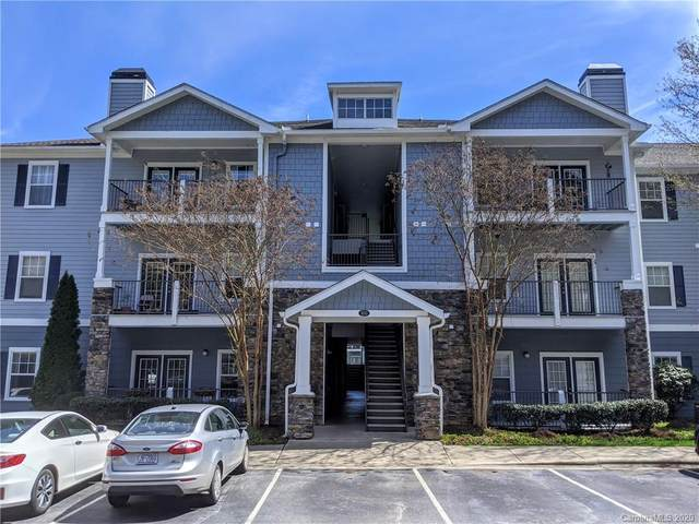 800 Vista Lake Drive #304, Candler, NC 28715 (#3606184) :: Besecker Homes Team