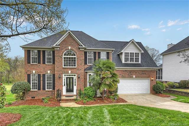 8023 Glamorgan Lane, Matthews, NC 28104 (#3606303) :: Robert Greene Real Estate, Inc.