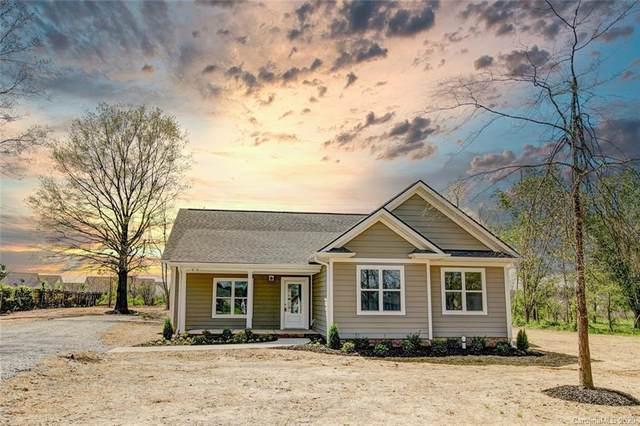 5013 Willow Run Drive, Monroe, NC 28110 (#3606996) :: Ann Rudd Group