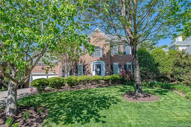15923 Northstone Drive, Huntersville, NC 28078 (#3612515) :: Charlotte Home Experts