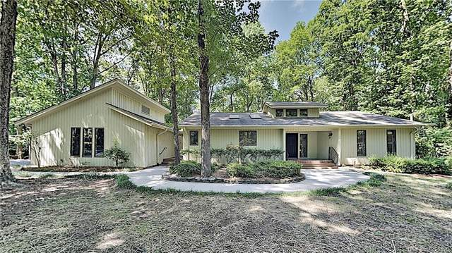 26 Tanglewood Road, Lake Wylie, SC 29710 (#3612994) :: Stephen Cooley Real Estate Group