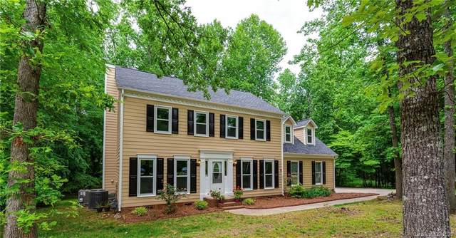 8637 Quarters Lane, Mint Hill, NC 28227 (#3619605) :: MartinGroup Properties