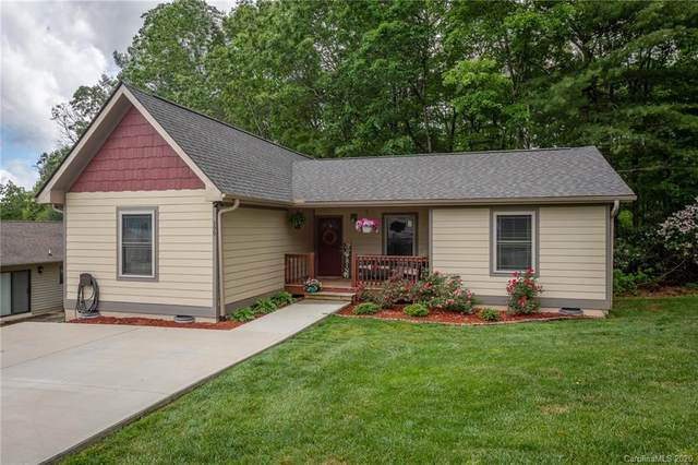 399 Hunters Ridge Drive, Mills River, NC 28759 (#3623249) :: Johnson Property Group - Keller Williams