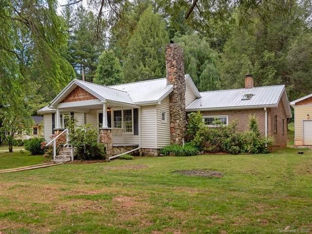 370 Crail Farm Road, Hendersonville, NC 28739 (#3626346) :: LePage Johnson Realty Group, LLC