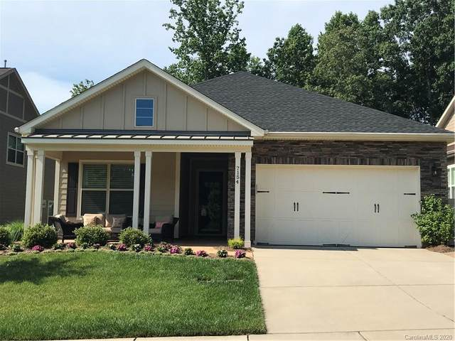 7154 Hanging Rock Court, Denver, NC 28037 (#3628567) :: Keller Williams South Park