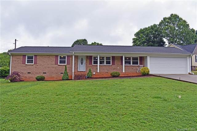 218 Rock Creek Drive, Lincolnton, NC 28092 (#3629613) :: Miller Realty Group
