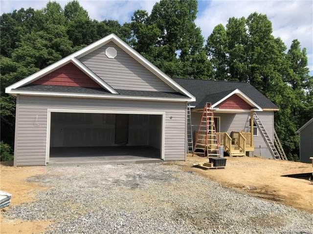308 Beck Creek Circle, Flat Rock, NC 28731 (#3631366) :: Carlyle Properties