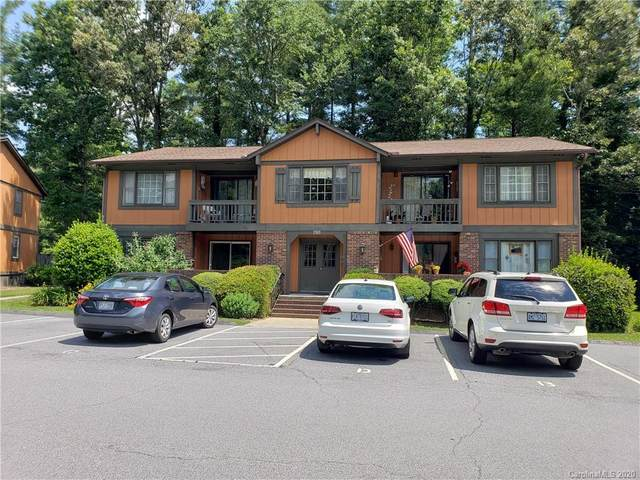 1765 Haywood Manor Road, Hendersonville, NC 28791 (#3633035) :: Robert Greene Real Estate, Inc.