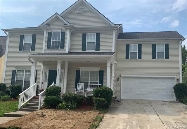 7021 Tanners Creek Drive, Huntersville, NC 28078 (#3633651) :: Carlyle Properties