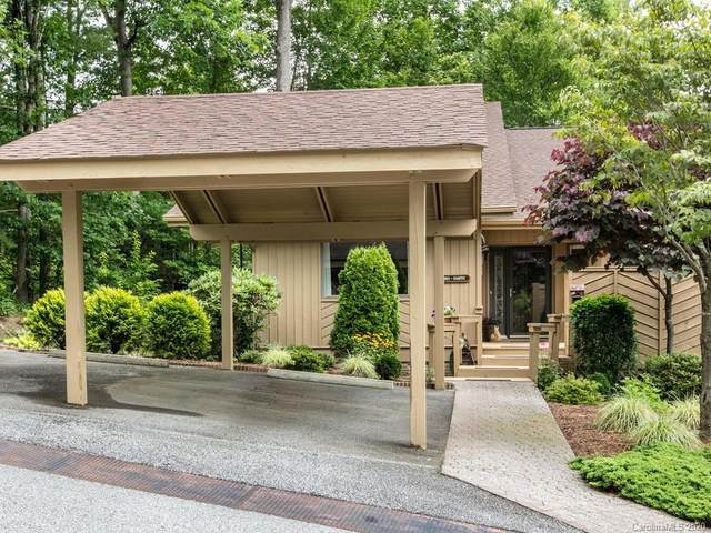 105 White Oak Drive, Hendersonville, NC 28791 (#3634289) :: Robert Greene Real Estate, Inc.