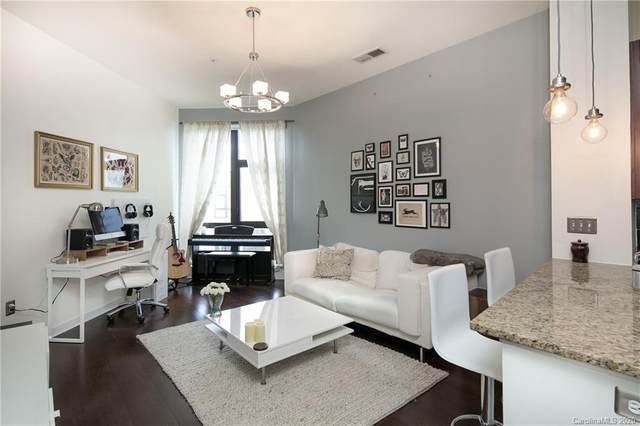 525 E 6th Street #420, Charlotte, NC 28202 (#3634586) :: Robert Greene Real Estate, Inc.