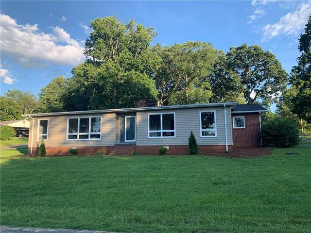2601 Green Acres Street, Lenoir, NC 28645 (#3634946) :: Homes Charlotte