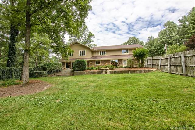 111 Rockwood Lane, Hendersonville, NC 28792 (#3636345) :: Keller Williams South Park