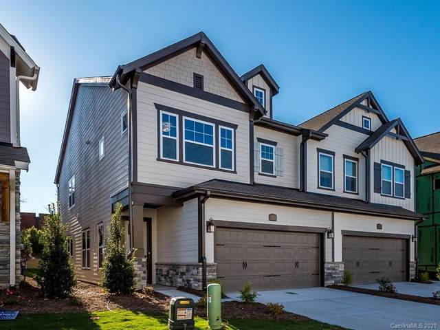 5037 Lesleewood Court, Charlotte, NC 28226 (#3640847) :: The Mitchell Team