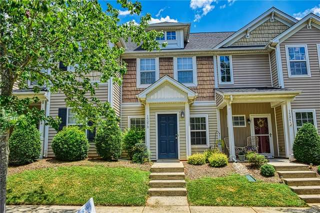 15270 Crossing Gate Drive, Cornelius, NC 28031 (#3643964) :: Omega Home Team