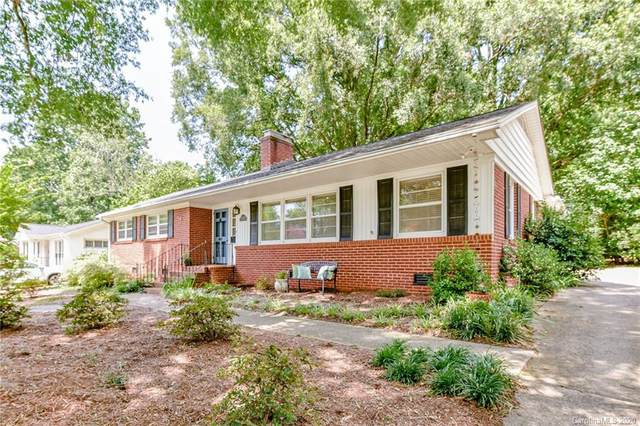 831 Faircrest Drive, Charlotte, NC 28210 (#3648817) :: Keller Williams South Park