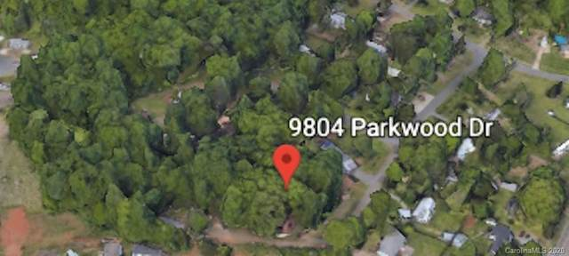 9822 Parkwood Drive, Charlotte, NC 28214 (#3649321) :: Stephen Cooley Real Estate Group