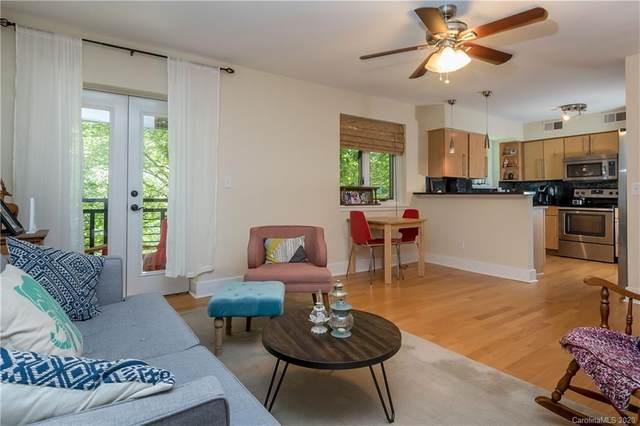 207 Dotger Avenue C18, Charlotte, NC 28207 (#3649666) :: High Performance Real Estate Advisors