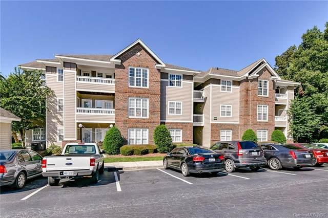 9849 Campus Walk Lane J, Charlotte, NC 28262 (#3656128) :: DK Professionals Realty Lake Lure Inc.