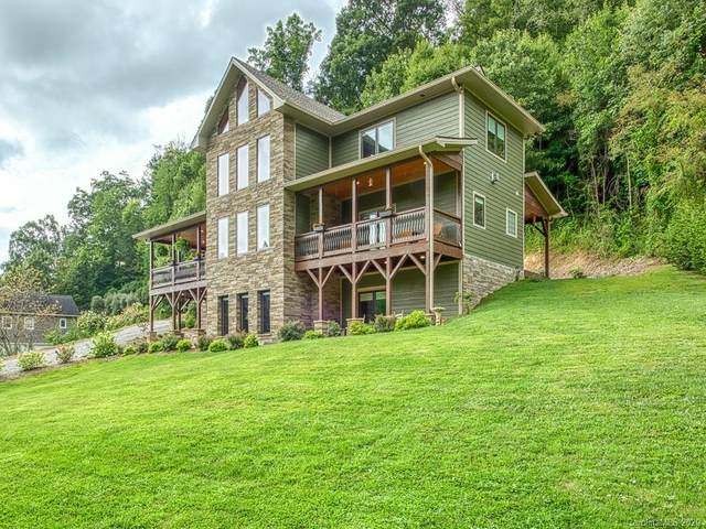 350 Inverness Drive, Waynesville, NC 28786 (#3660973) :: Homes Charlotte