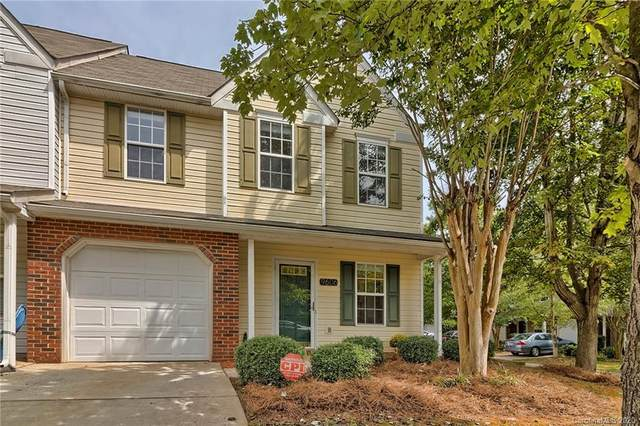 9606 Jack Russell Court, Charlotte, NC 28269 (#3661955) :: Caulder Realty and Land Co.