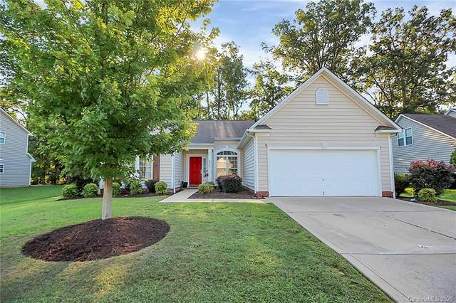 6234 Red Clover Lane, Charlotte, NC 28269 (#3666334) :: Stephen Cooley Real Estate Group
