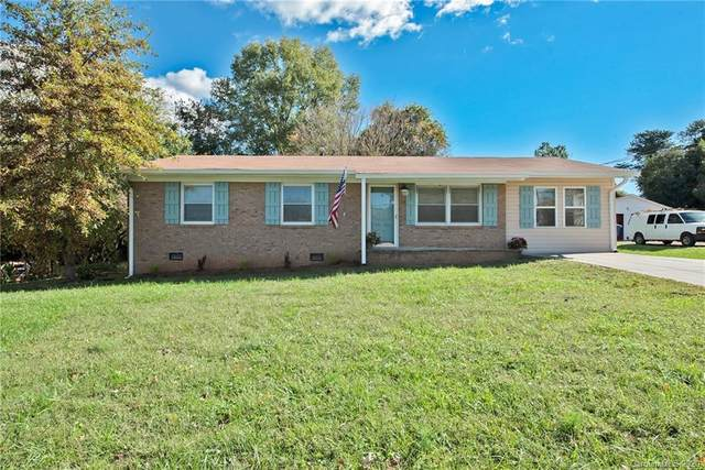 708 W Pine Circle, Statesville, NC 28677 (#3666440) :: The Premier Team at RE/MAX Executive Realty