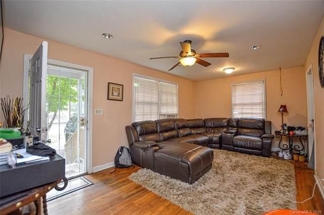 2512 Finchley Drive, Charlotte, NC 28215 (#3666592) :: Homes Charlotte