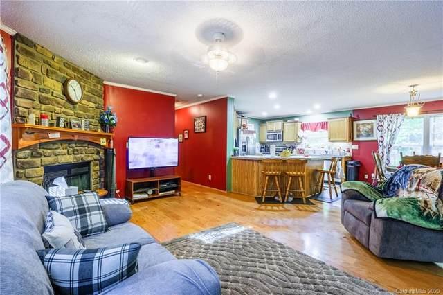 71 Northwood Drive, Brevard, NC 28712 (#3667703) :: Puma & Associates Realty Inc.