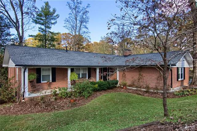 415 Crescent Avenue, Hendersonville, NC 28792 (#3670009) :: Stephen Cooley Real Estate Group