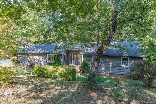 685 Dogwood Trail, Tryon, NC 28782 (#3670129) :: Carolina Real Estate Experts
