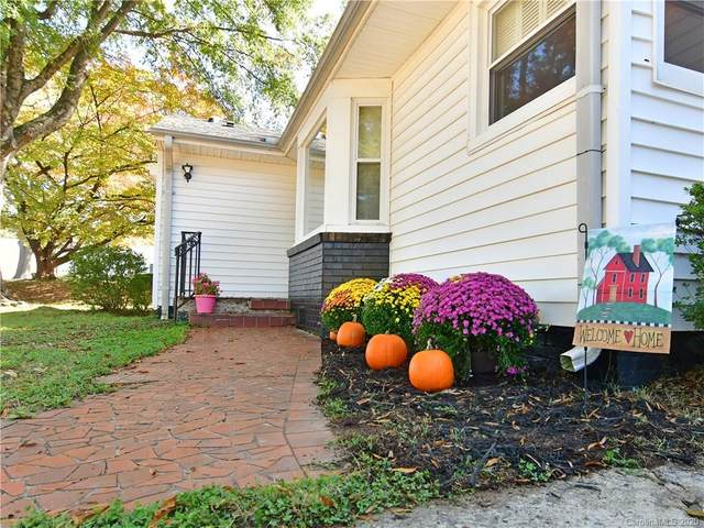 714 Club Drive, Statesville, NC 28677 (#3670621) :: Carlyle Properties