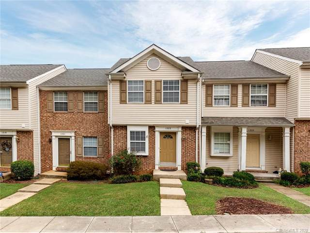1223 Maple Shade Lane, Charlotte, NC 28270 (#3672462) :: The Mitchell Team