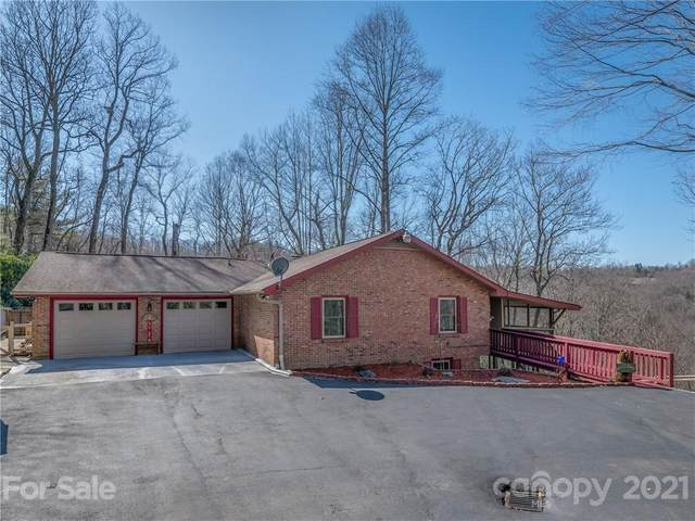 121 W Kindy Forest Drive, Hendersonville, NC 28739 (#3672783) :: Keller Williams Professionals