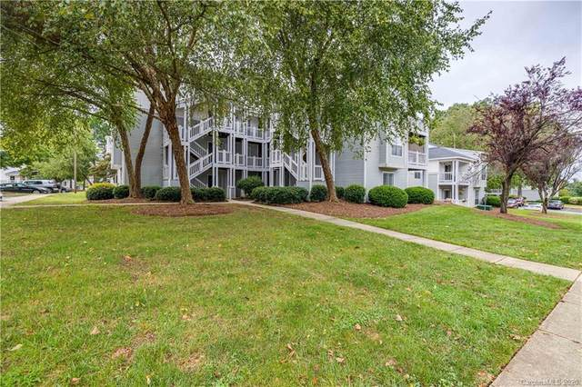 28 Hamiltons Harbor Drive #920, Clover, SC 29710 (#3677083) :: Stephen Cooley Real Estate Group