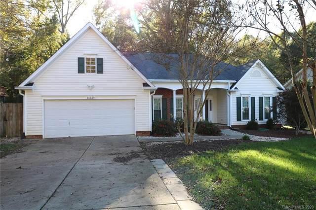 13739 Kensal Green Drive, Charlotte, NC 28278 (#3677427) :: MartinGroup Properties