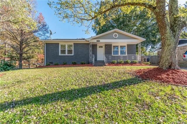 4750 Pineleaf Drive, Charlotte, NC 28269 (#3677966) :: Ann Rudd Group